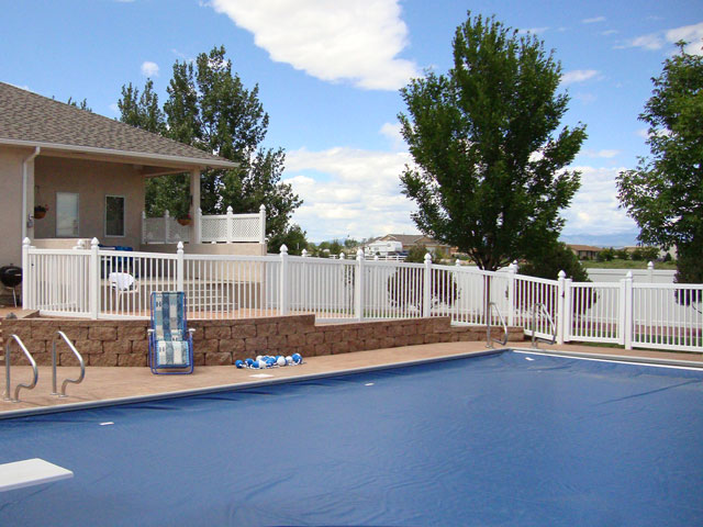 Four foot vinyl pool railing